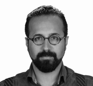 2000 yılında Hacettepe Üniversitesi Psikolojik Danışmanlık Bölümünde lisans, 2005 yılında Marmara Üniversitesi'nde yüksek lisansını tamamladı. 2015 yılında aynı bölümde doktorasını tamamlamıştır.EMDR, Bilişsel Davranışçı Terapi ve Aile Terapileri eğitimlerini tamamlamıştır. 2007 yılında başladığı psikodrama eğitimini 2012 yılında tamamlamış, psikodrama terapisti olmuştur.Değişik terapi merkezlerinde terapist ve koordinatör olarak çalışmış, Yapı Kredi Bankası ve Türkiye Futbol Fedarasyonu'nda terapist olarak bireysel ve grup terapileri çalışmalarını yürütmüştür.Çocuk değerlendirmesi (CAS-WICS-4, PEP-R, AGTE, GEÇDA, Portage, DENVER, GESSEL,CAT, Luisa Düss vb), çocuk terapisi (oyun terapisi, çocuk psikodraması, drama) ve özeleğitim alanında da (PECS, TEACH, ABA, Sensorik Entegrasyon, Küçük Adımlar vb) çok sayıdasertifikaya sahiptirBirçok kongrede konuşmacı olarak yer almıştır, yayınlanmış makeleleri ve araştırmaları bulunmaktadır.2010 yılından itibaren farklı üniversitelerde çalışmaktadır.